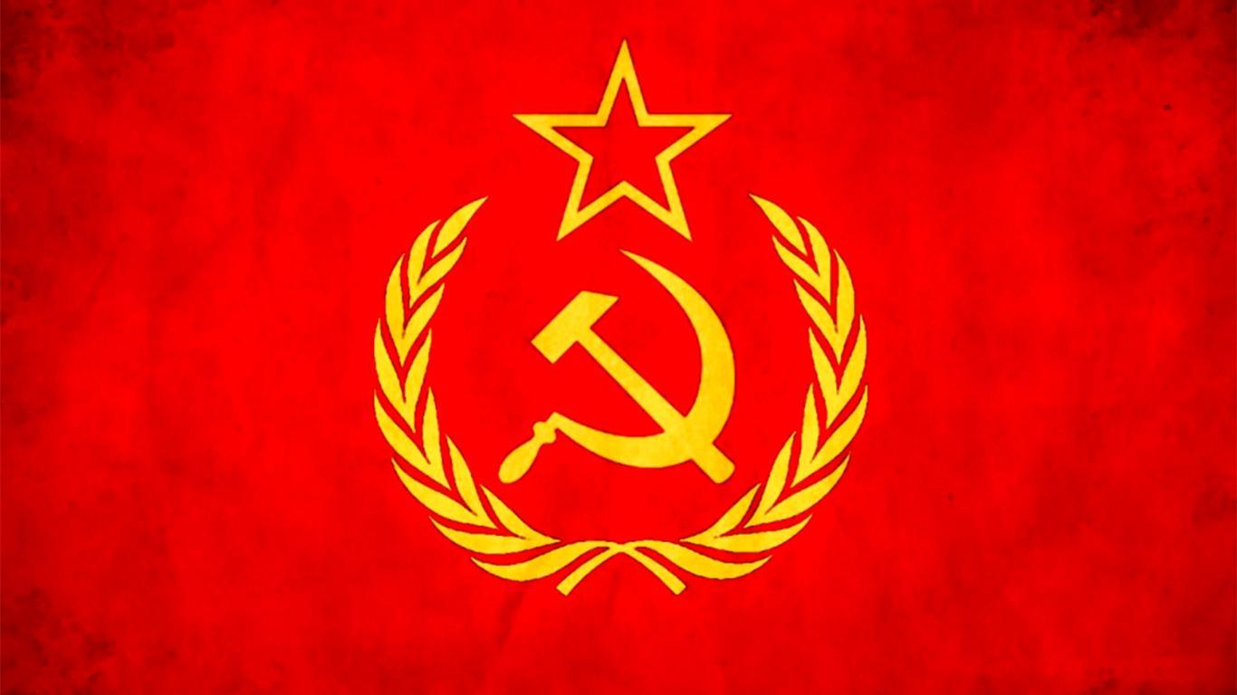 komunisme dan sosialisme