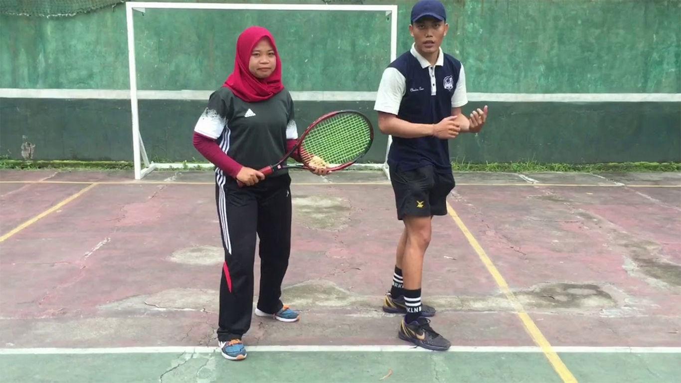 Teknik Dasar Tenis Lapangan