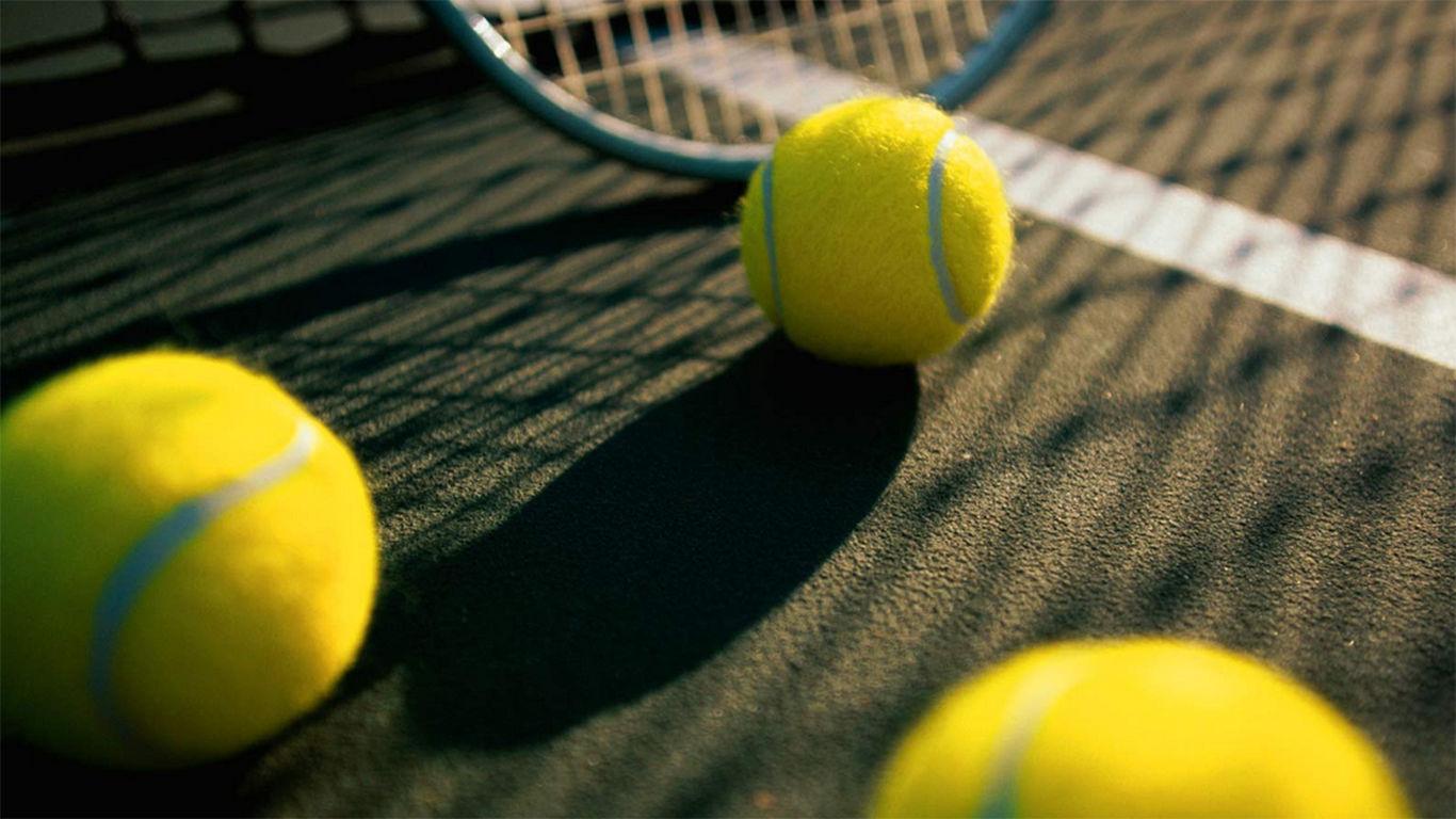 sejarah tenis lapangan di indonesia