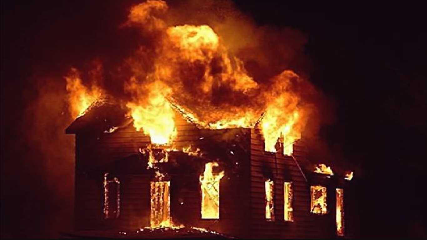 Contoh Teks Berita Singkat Tentang Kebakaran