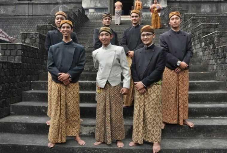 Beskap Jawa Tengah