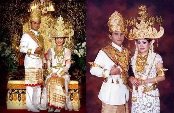 Pakaian Adat Lampung (Tulang Bawang)