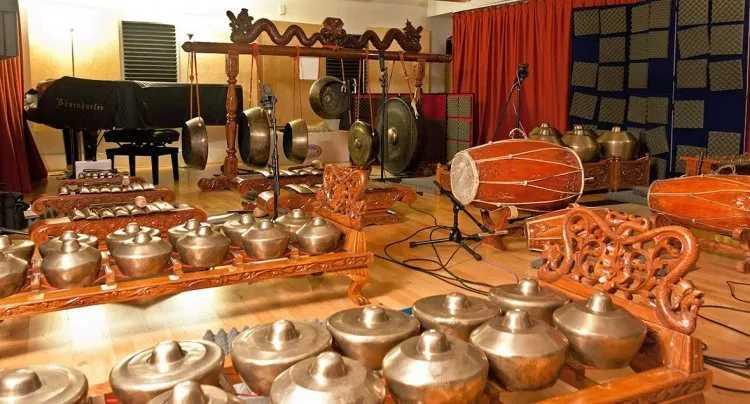 Seni Musik Daerah Jawa Timur