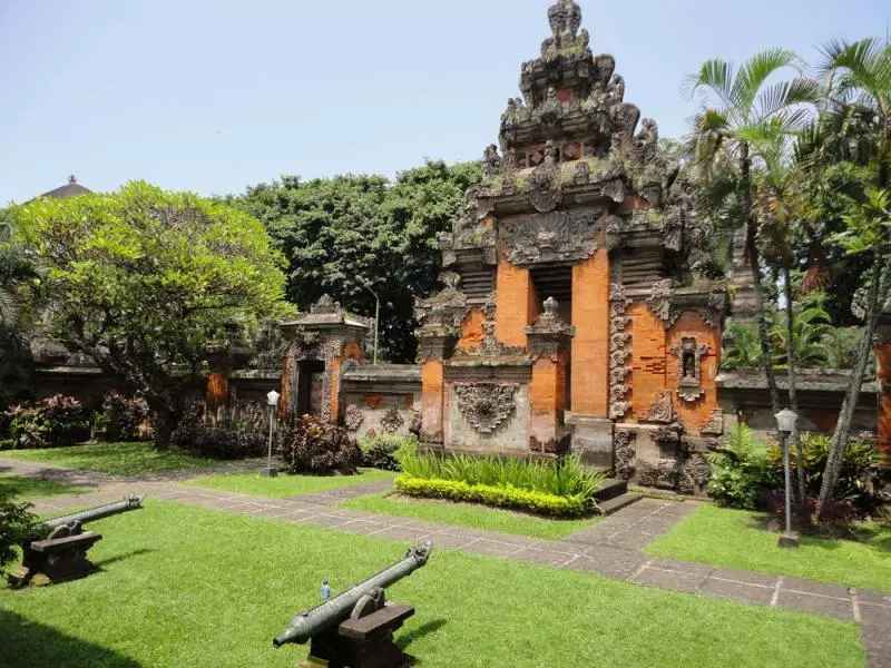 Rumah Adat Bali Nama Keunikan Gambar
