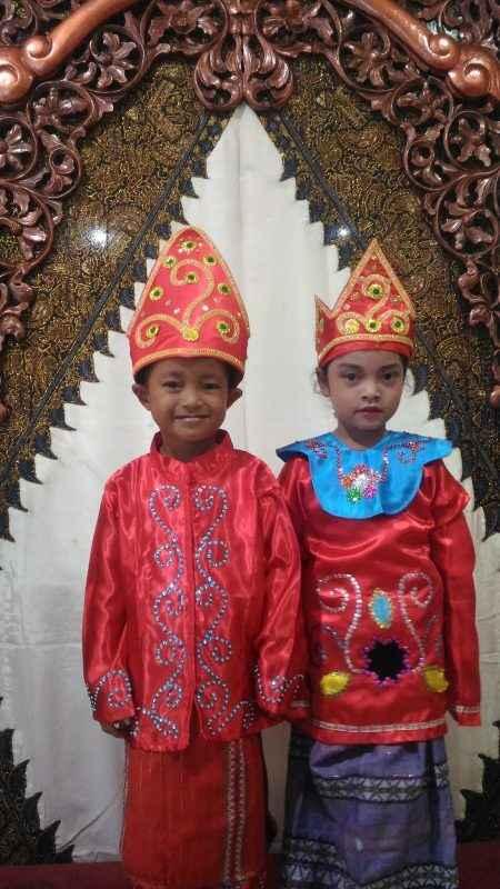 Pakaian Adat Anak-Anak Riau