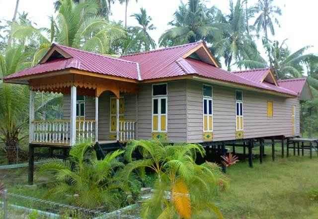 Rumah Adat Melayu Atap Limas Potong