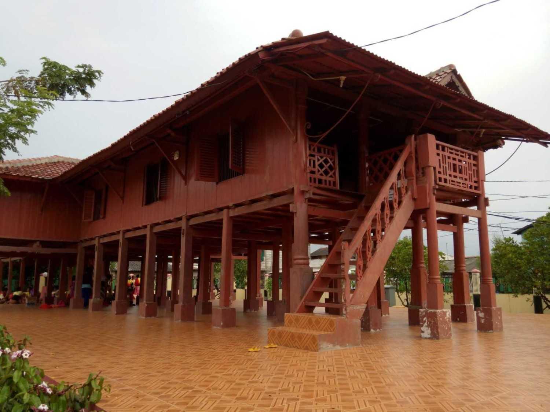 Rumah Adat Panggung Betawi