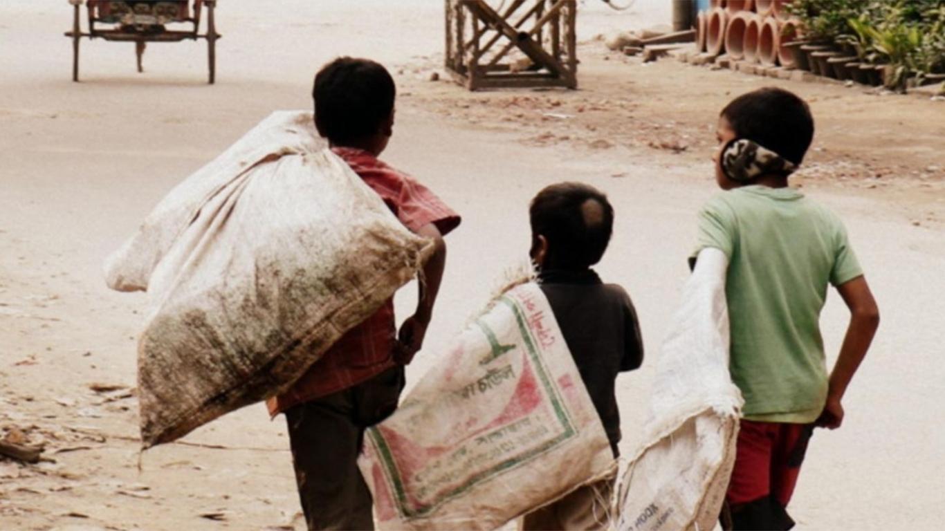 Contoh Teks Eksplanasi Sosial Tentang Anak Jalanan