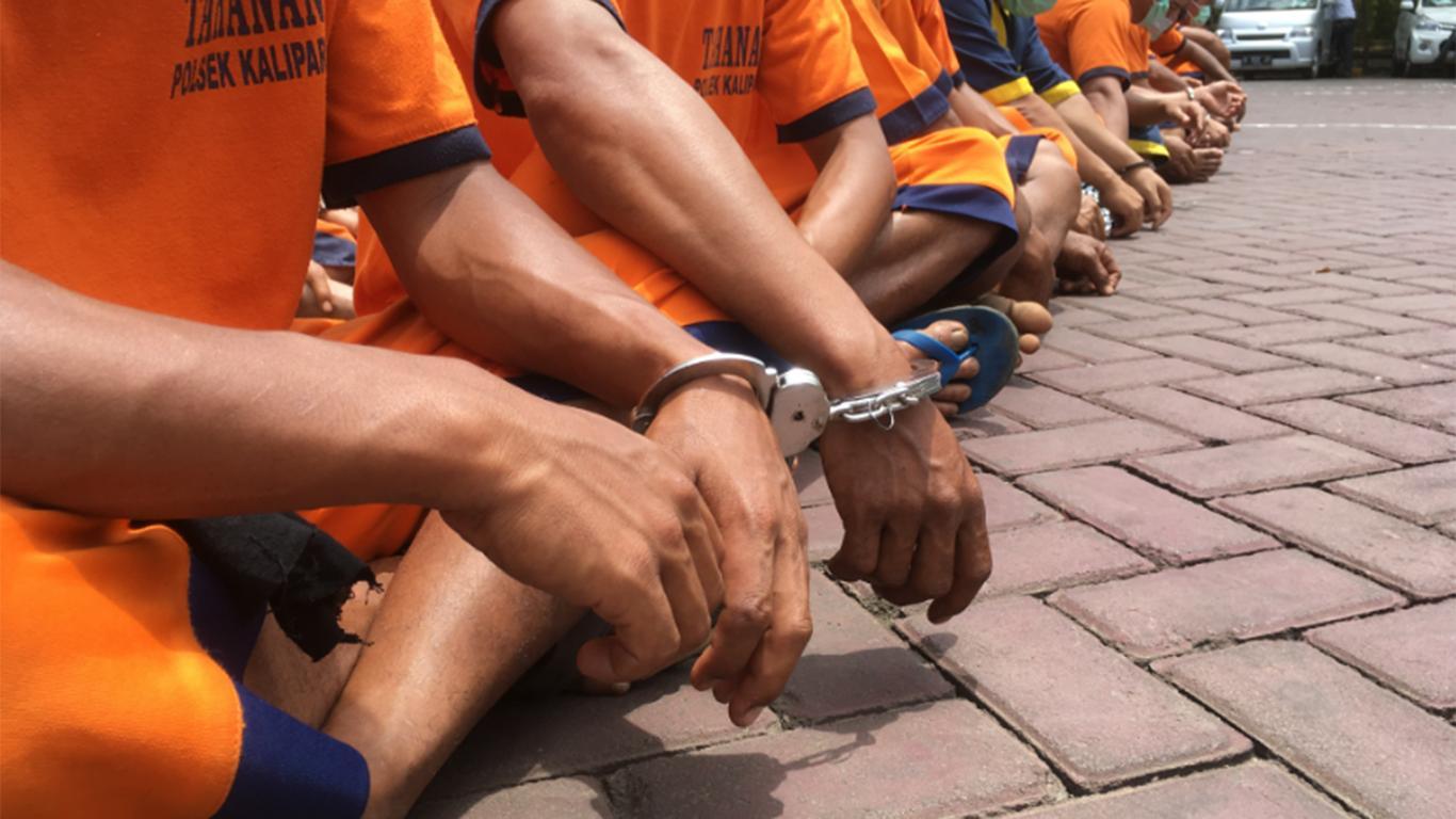 Contoh Teks Eksplanasi Sosial Tentang Kriminalitas