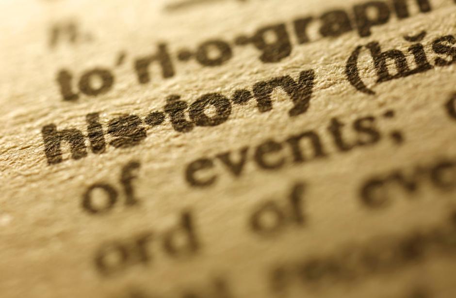 contoh teks cerita sejarah tentang pahlawan