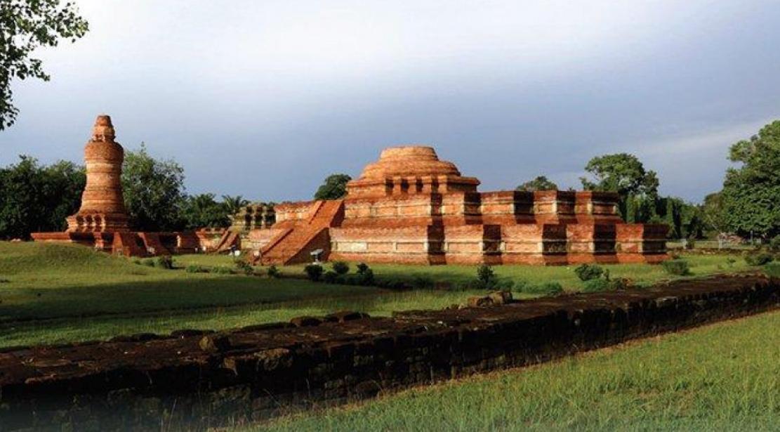 rangkuman kerajaan hindu budha di indonesia