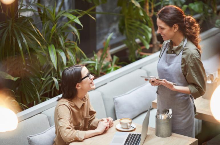 dialog bahasa inggris 2 orang tentang pendidikan